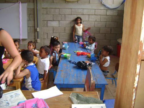 Das nicaraguanische unterrichtsministerium fand in la fraternidad
